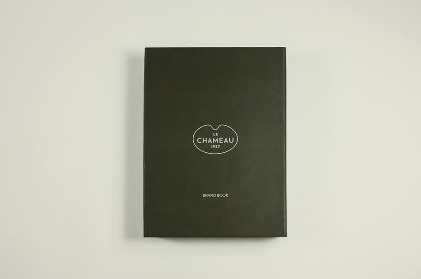 01-jeffpag-lechameau-boots-brand-book